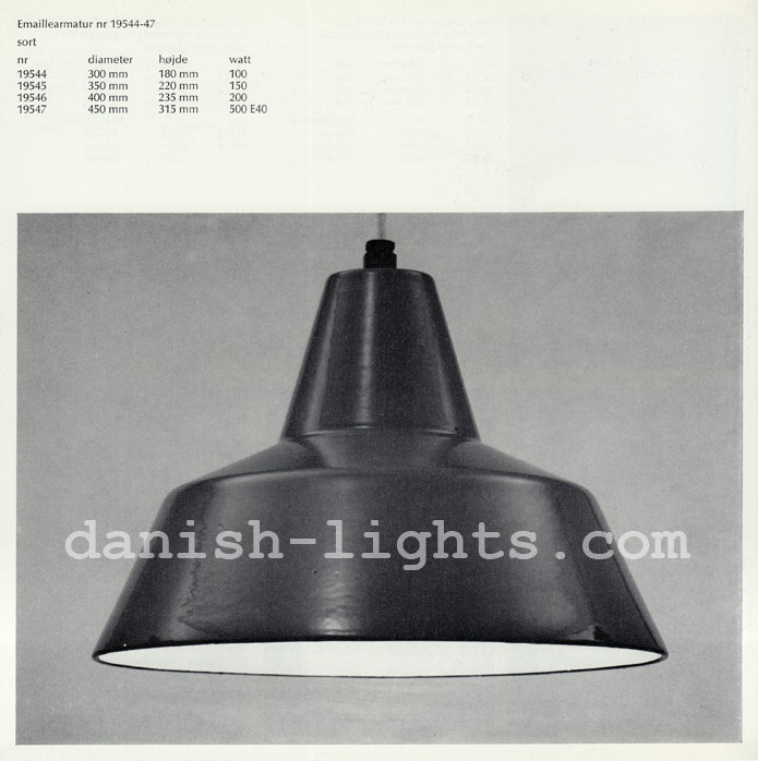 Unspecified designer for Louis Poulsen: Emaillearmatur